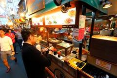 Singapour : Rue de nourriture de Chinatown Images stock