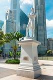 Singapour. Statue de monsieur Raffles photos stock