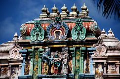 Singapour : Temple indou de Sri Thandayuthapani Photos stock