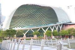 Singapour : Théâtres d'esplanade sur la baie images stock