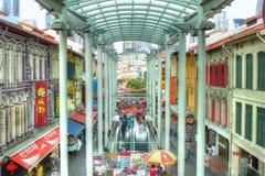 SINGAPPORE- 2 de enero de 2017: Opinión de la calle de Chinatown en Singapo Fotos de archivo