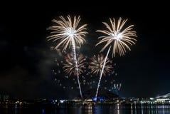 2016-07-02 Singapur święta państwowego fajerwerków pokazu próba Obrazy Stock