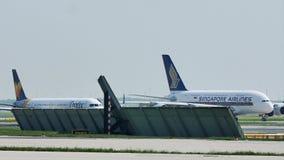 Singapur Aerobus A380 płaski taxiing w Frankfurt lotnisku, FRA