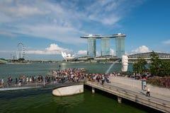 Singapur, Singapur - 29. April 2018: Marina Bay-Touristenattraktion, Singapur stockfotografie