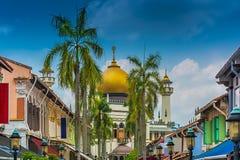 Singapur Bussorah ulica z Masjid meczetu sułtanem zdjęcie stock