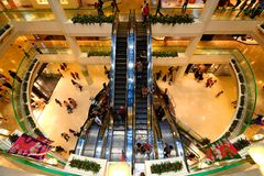 Singapur: Centro comercial de la ciudad de las rifas Foto de archivo libre de regalías