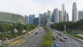 Singapur, Czerwiec -, 2018: Miasto ruch drogowy strzał Ruch drogowy w mieście podczas dnia Ruch samochody w mieście obraz royalty free