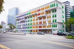 SINGAPUR - 31 DE DICIEMBRE DE 2013: Un edificio hermoso en Singapur Whi Imagenes de archivo