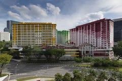 Singapur, Singapur - 12 de noviembre de 2017: Centro de Rochor, HDB colorido plano en Singapur Fotos de archivo libres de regalías
