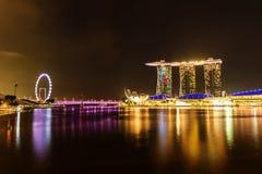 SINGAPUR - 22 DE NOVIEMBRE DE 2016: Marina Bay Sands Resort Hotel en N Imagen de archivo libre de regalías