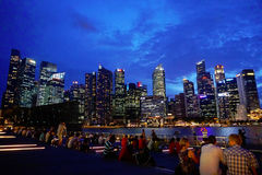 Singapur in der Ufergegend bis zum Nacht Stockfotografie