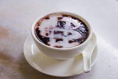 Singapur deser dzwonił Bubur Pulut Hitam, czerń Kleisty Rice De Obraz Stock