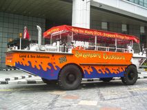 Singapur-ducktours Touristenbahn lizenzfreie stockbilder