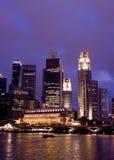 Singapur en la noche Foto de archivo libre de regalías
