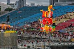 Singapur - febrero 24,2018: El flotador durante Año Nuevo chino Fotografía de archivo