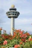 Singapur-Flughafen-Kontrollturm Lizenzfreies Stockbild