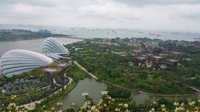 Singapur-Gärten durch die Bucht und Marina Barrage lizenzfreie stockfotos