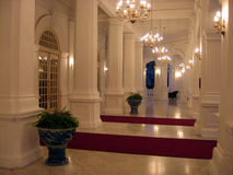 Singapur. Hoteleingangshalle Lizenzfreie Stockfotografie