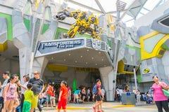 SINGAPUR - JULIO 20,2015: TRANSFORMADORES el paseo: Los últimos 3 Imagen de archivo