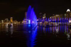 Singapur, Laser-Show in Marina Bay-Ufergegend Stockfotos