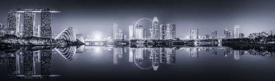 Singapur linia horyzontu i Marina zatoka, czarny i biały zdjęcia royalty free