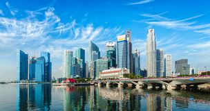 Singapur linia horyzontu nad Marina zatoką Fotografia Stock