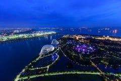 SINGAPUR, LISTOPAD - 22, 2016: Supertrees przy ogródami zatoką Obrazy Royalty Free