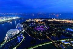 SINGAPUR, LISTOPAD - 22, 2016: Supertrees przy ogródami zatoką Obraz Royalty Free
