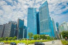 SINGAPUR SINGAPUR, LUTY, - 01, 2018: DBS banka Marina zatoki centrum finansowe DBS bank był ustawianiem rzędem Fotografia Stock