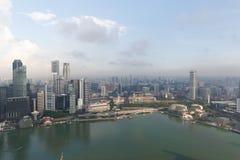 Singapur, am 17. Mai 2018 Singapur-cityline Ansicht vom Marina Bay Sands-Hotelunendlichkeitspool Stockbilder