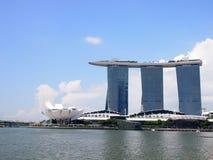 SINGAPUR - 31. MAI 2015: Marina Bay Sands Resort Hotel in Singapur Es ist das integrierter Erholungsort und der Welt meiste expen Stockfotografie