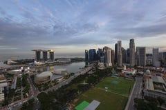 Singapur Marina Bay Aerial View während des Sonnenuntergangs stockfotos