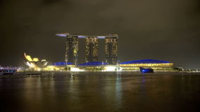 Singapur Marina Bay en la noche almacen de video