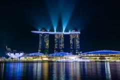 Singapur Marina Bay Sands nachts stockbild