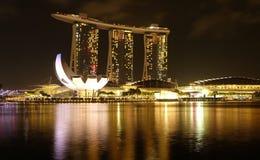 Singapur Marina zatoki nocy widok w złotych colours Fotografia Stock