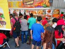 Singapur: Mercado Pasar Malam de la noche Fotografía de archivo libre de regalías
