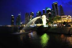 Singapur-Nachtansicht Stockfotos