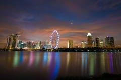 Singapur nachts Lizenzfreie Stockbilder