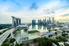 SINGAPUR - 22. NOVEMBER 2016: Marina Bay Sands Resort Hotel auf N Stockfotos