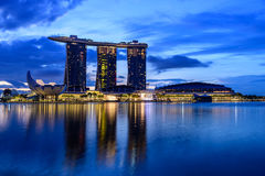SINGAPUR - 22. NOVEMBER 2016: Marina Bay Sands Resort Hotel auf N Lizenzfreies Stockfoto