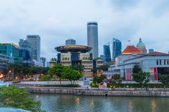 Singapur Nowożytni drapacze chmur, architektura I Swój rzeka, Zdjęcia Stock