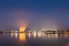 Singapur nowy Krajowy stadium iluminujący przy nocą Zdjęcia Royalty Free