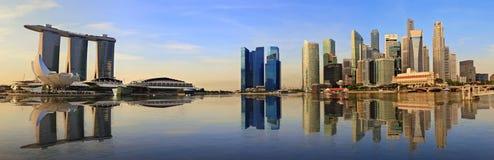 Singapur-Panoramaskyline Stockfotografie