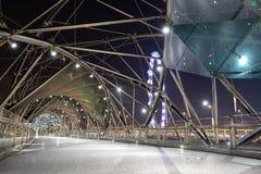 Singapur-Schneckenbrücke während der Stunde des frühen Morgens lizenzfreie stockfotografie