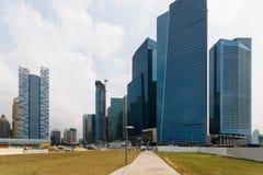 Singapur skycrapers stockfotos
