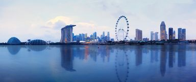 Singapur-Skyline bei Sonnenuntergang in Singapur-Stadt lizenzfreies stockbild