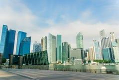 Singapur-Skyline, Jachthafenbuchtsande Stockbild