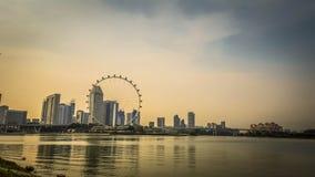 Singapur-Skyline und -flieger Stockbild