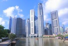 Singapur-Skyline- und Singapur-Fluss Stockbild