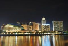 Singapur-Stadt nachts Lizenzfreie Stockbilder